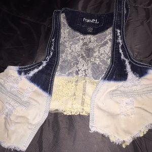 Bundle and Save💰Rue 21 sleeveless vest denim vest